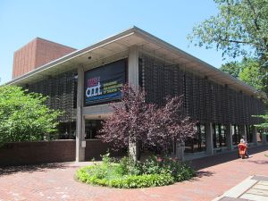American Repertory Theater: www.americanrepertorytheater.org