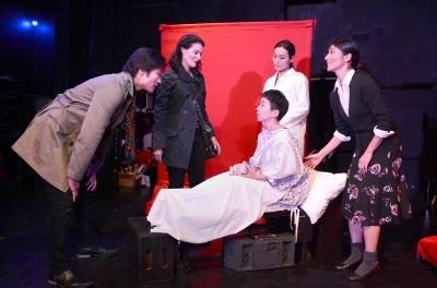"Eiko Asami (Saki Miata) leads Sohee Park as Lawyer ""Yoji Kurosawa"" and Alexa Hamilton as ""Jules Davis"" to visit Miho Ando as ""Koyo Ninomiya""—a boy infected by AIDS tainted blood, and his mother played by Kazumi Aihara"