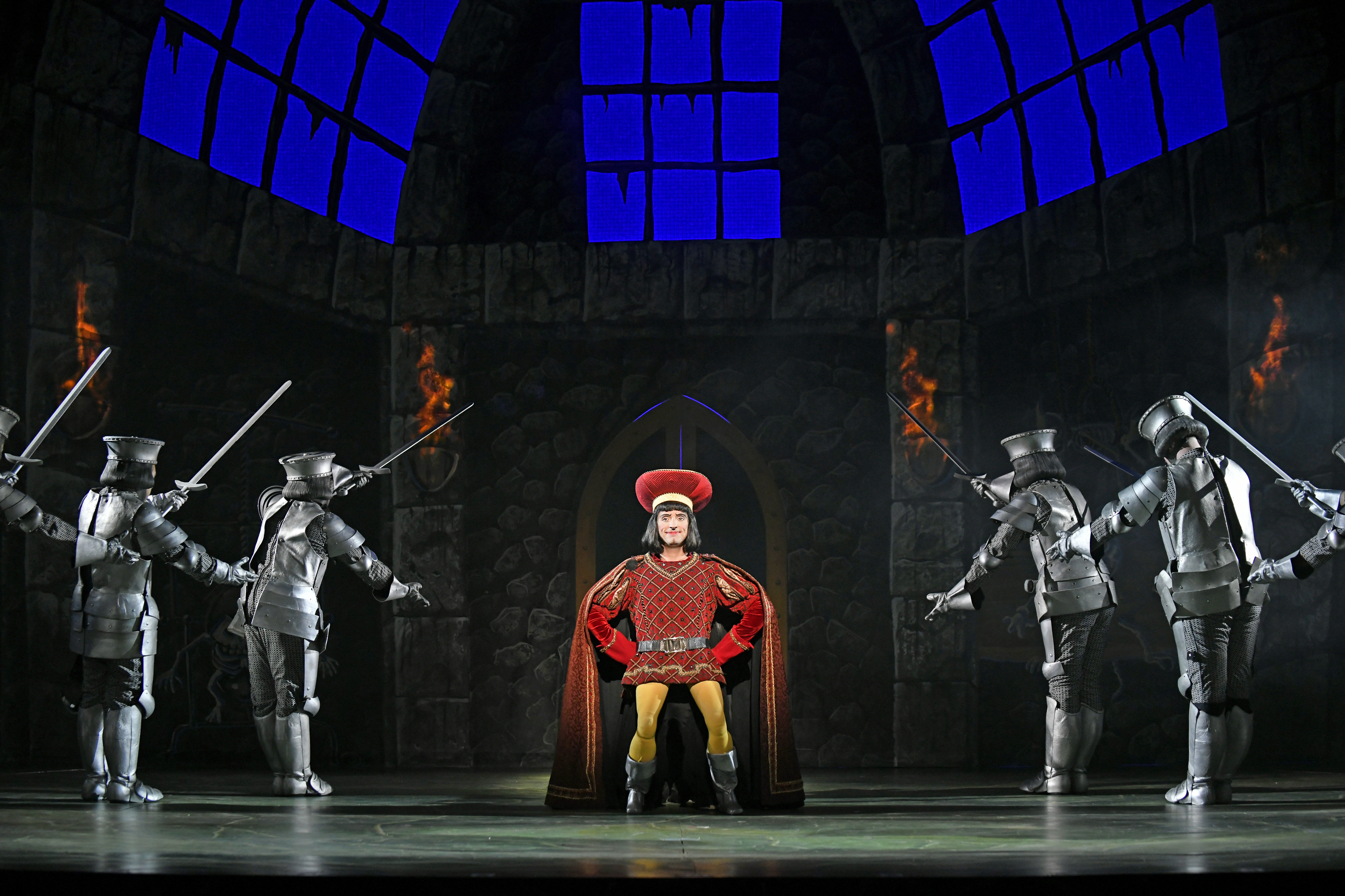 One Roar Time 3 D Theatricals Ogre Hauled Shrek The Musical Is A Happily Ever Entertaining Reprise To Please Buck Ing Trends